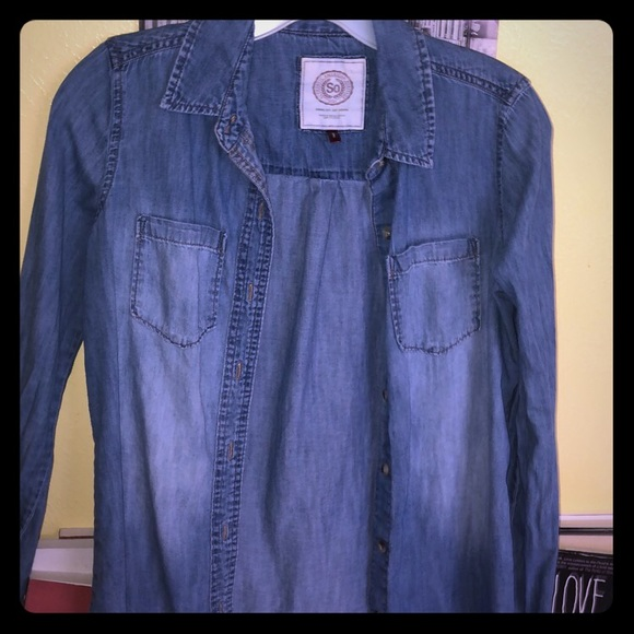 Jackets & Blazers - This Jean Jacket